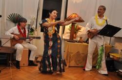 Lasinga K. aus Tonga als Elvis
