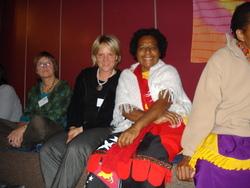 Regina Knapp (Ethnologin) im Gespräch mit Hofagao Kaia aus PNG